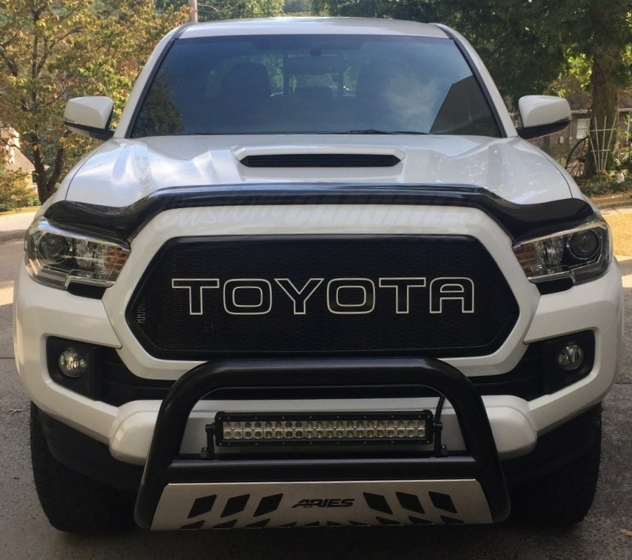 Custom Mesh Grills For 2016 Toyota Tacomas By