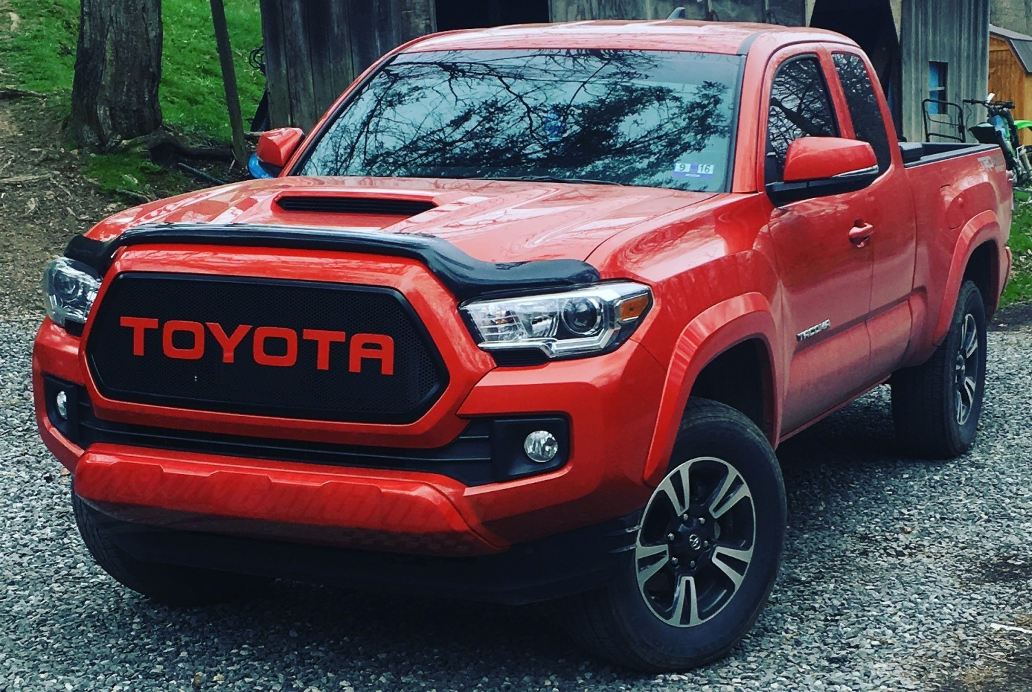 2016 - 2017 Toyota Tacoma Mesh Grill & Bezels by ...